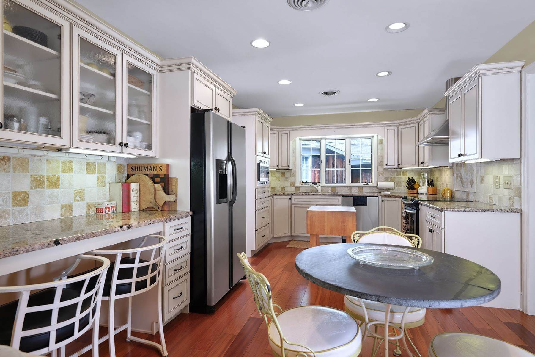 3. Single Family Homes for Sale at Stylish and spacious Ranch plus Income Units 200 Highway 12, Flemington, New Jersey 08822 United States