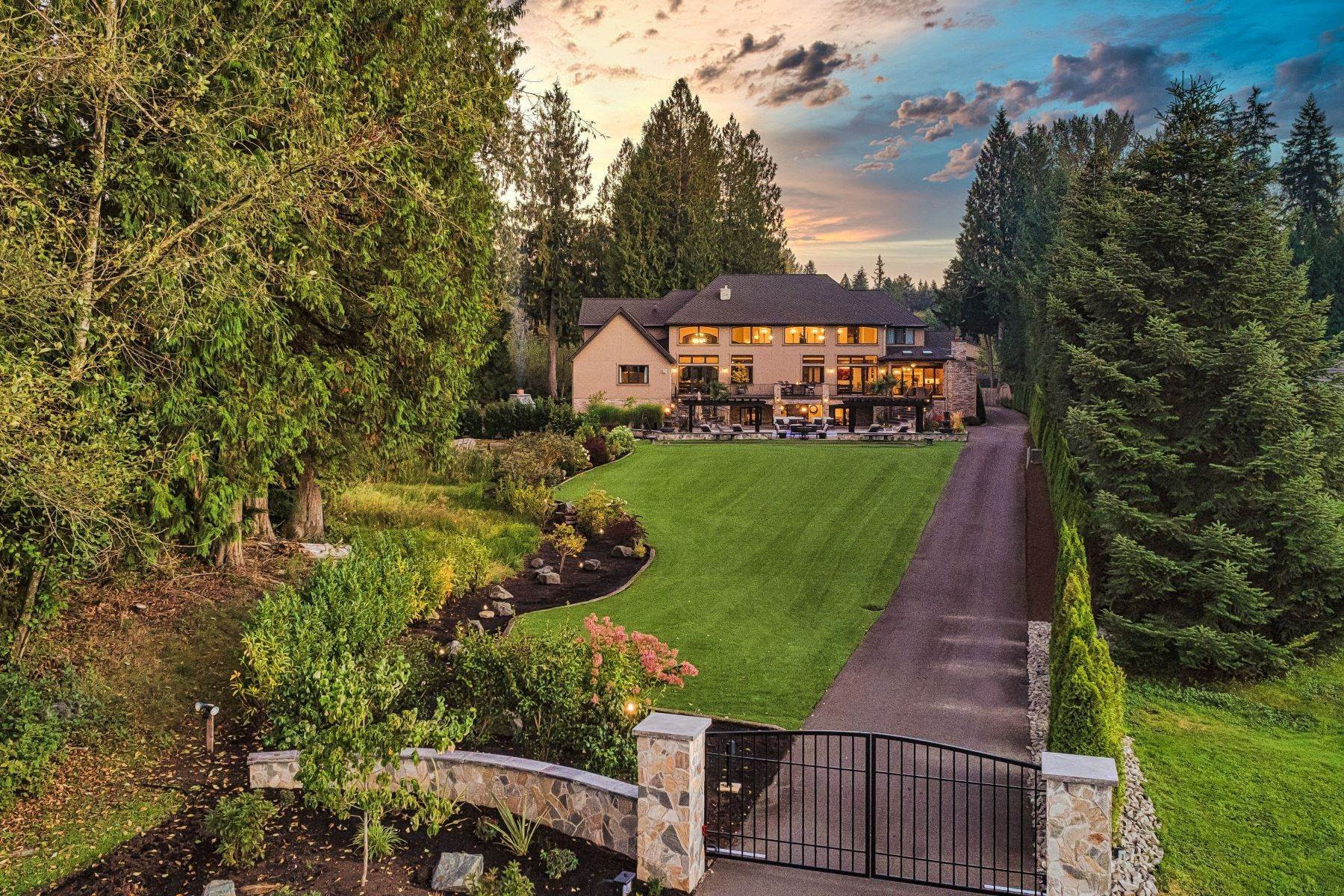 Single Family Homes 용 매매 에 Bear Creek Farm Retreat 13636 202nd Ave NE, Woodinville, 워싱톤 98077 미국