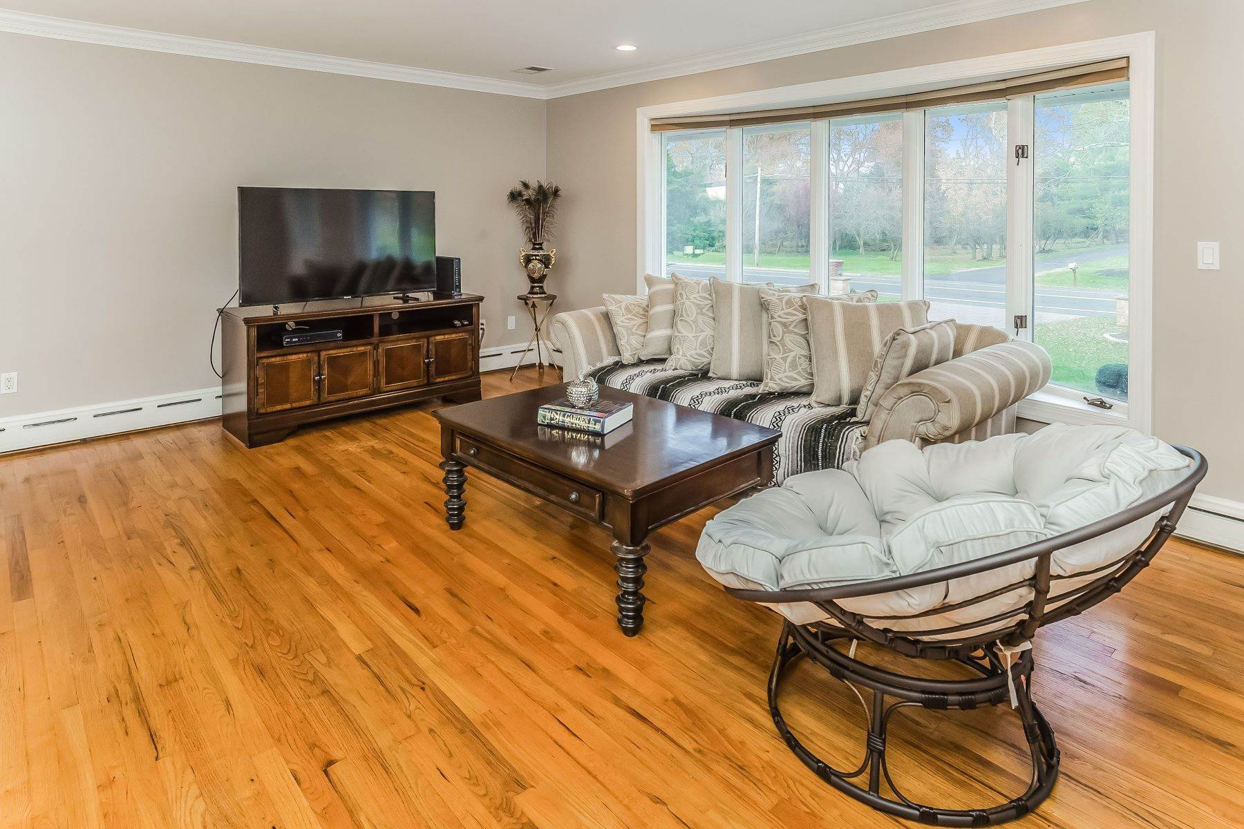 12. Single Family Homes for Sale at Multi-Generational Living At Its Best 427 Belle Mead Griggstown Road, Belle Mead, New Jersey 08502 United States