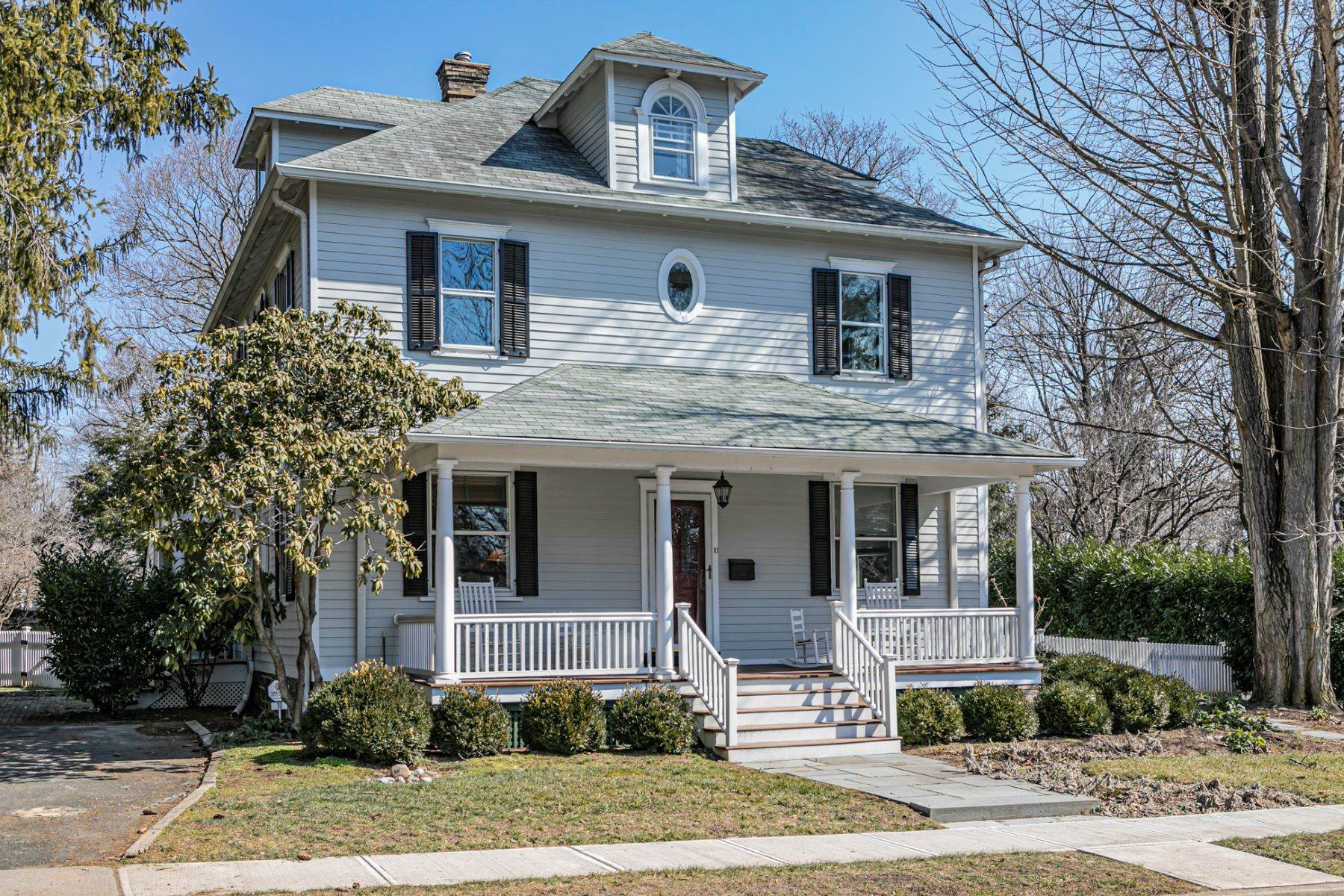 2. Single Family Homes for Sale at Picture Perfect Home Steps From Main Street 10 Green Avenue, Lawrenceville, New Jersey 08648 United States
