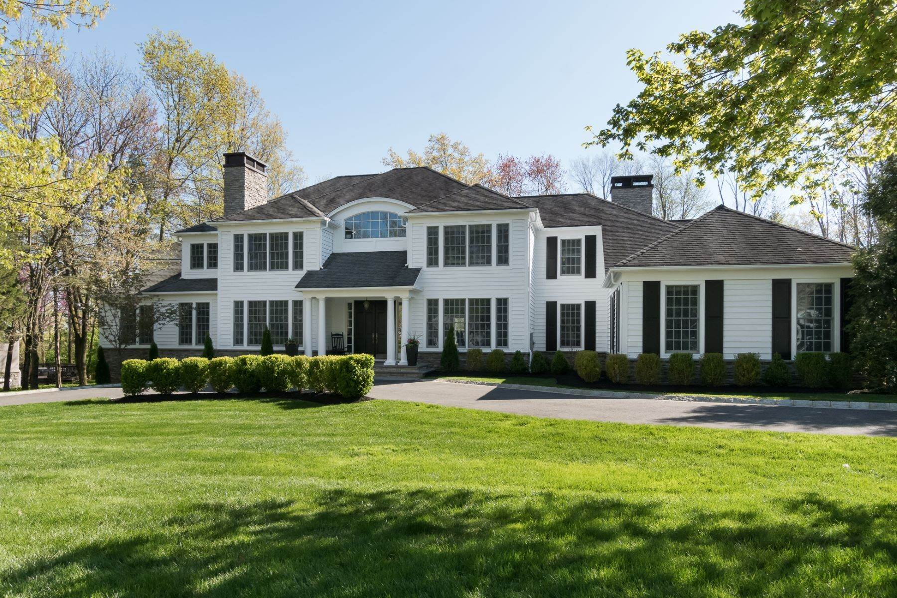 Single Family Homes for Sale at Expansive Interior Opens to Enviable Outdoor Space 19 Derwent Drive, Princeton, New Jersey 08540 United States