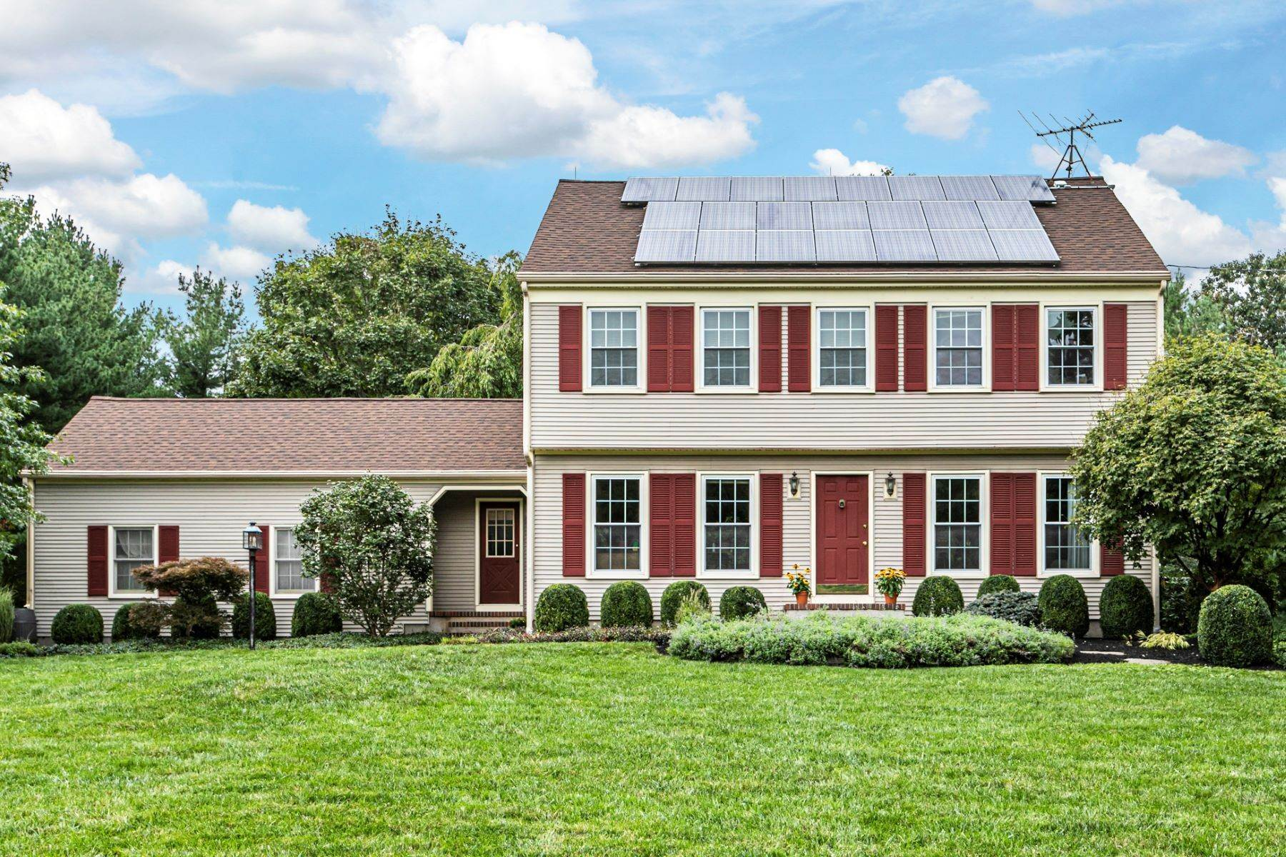 Single Family Homes for Sale at Timeless Floor Plan With Newer Kitchen and Baths 470 Millstone River Road, Belle Mead, New Jersey 08502 United States