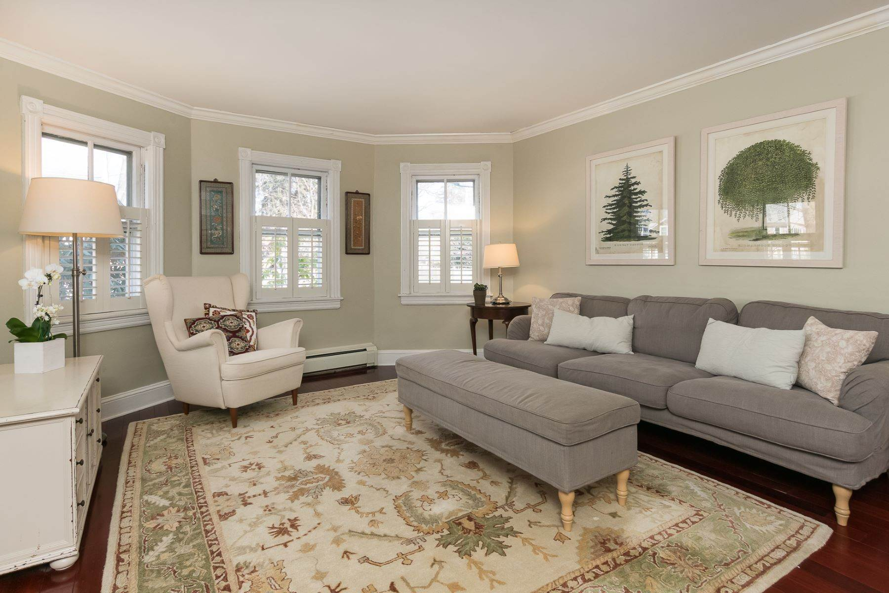 5. Single Family Homes for Sale at Storybook Home on a Stroll-Everywhere Street 5 Titus Avenue, Lawrenceville, New Jersey 08648 United States