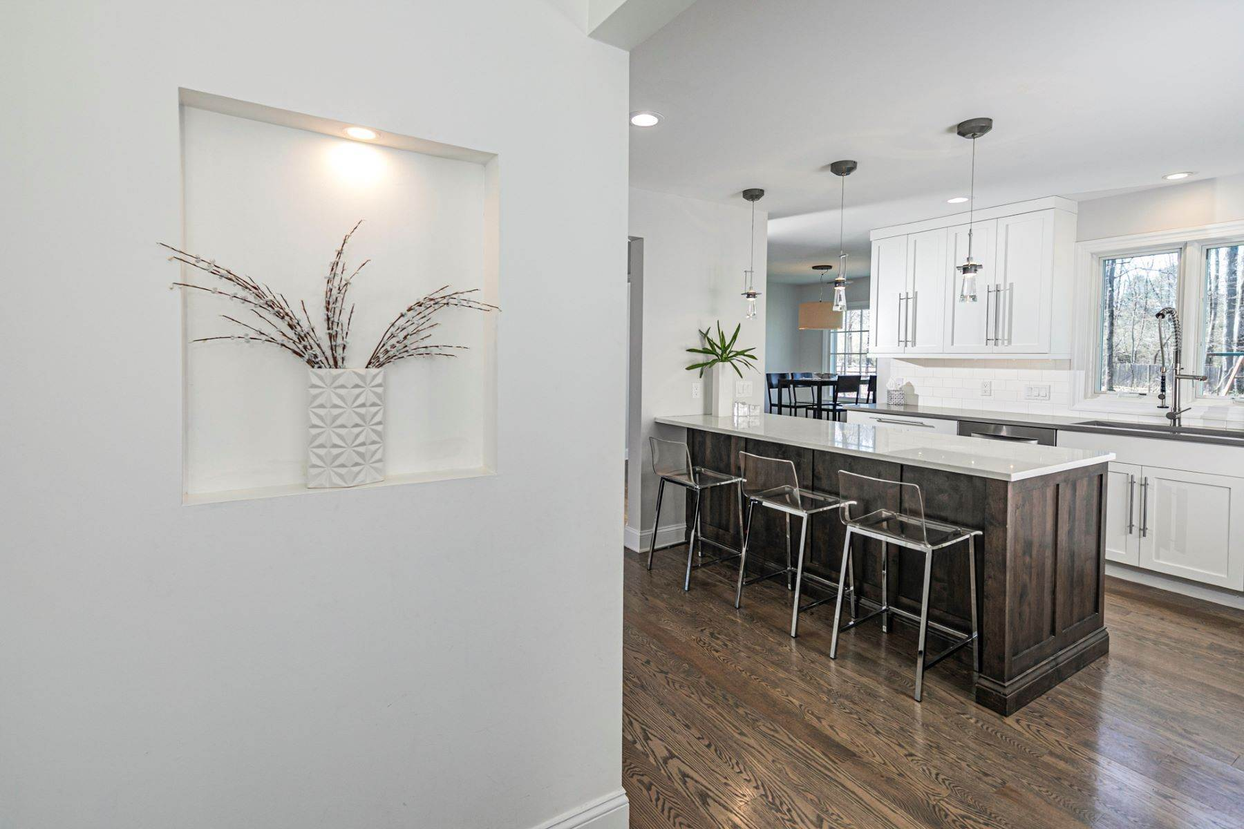10. Single Family Homes for Sale at A New Kitchen And Updated Baths Make This Home Sparkle 91 West Shore Drive, Pennington, New Jersey 08534 United States