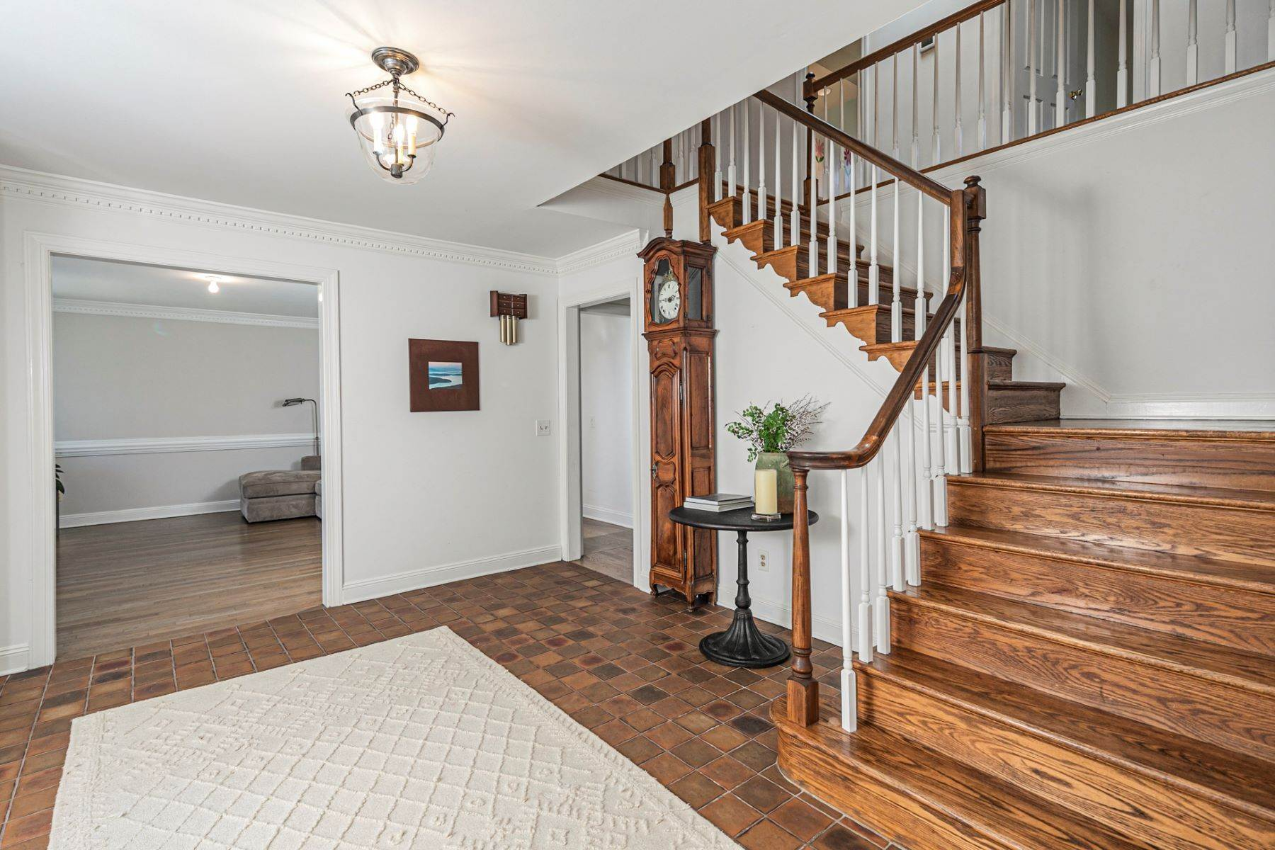 7. Single Family Homes for Sale at A New Kitchen And Updated Baths Make This Home Sparkle 91 West Shore Drive, Pennington, New Jersey 08534 United States