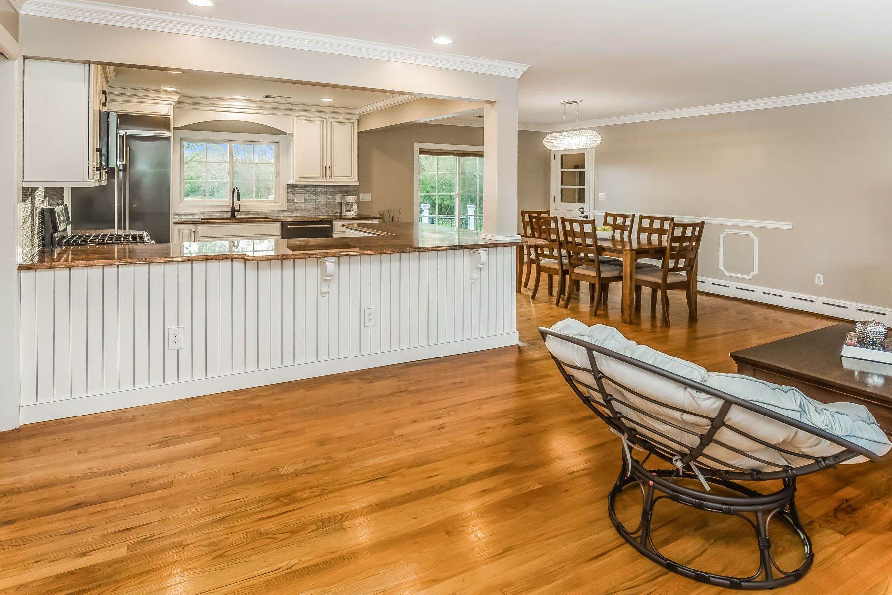 3. Single Family Homes for Sale at Multi-Generational Living At Its Best 427 Belle Mead Griggstown Road, Belle Mead, New Jersey 08502 United States