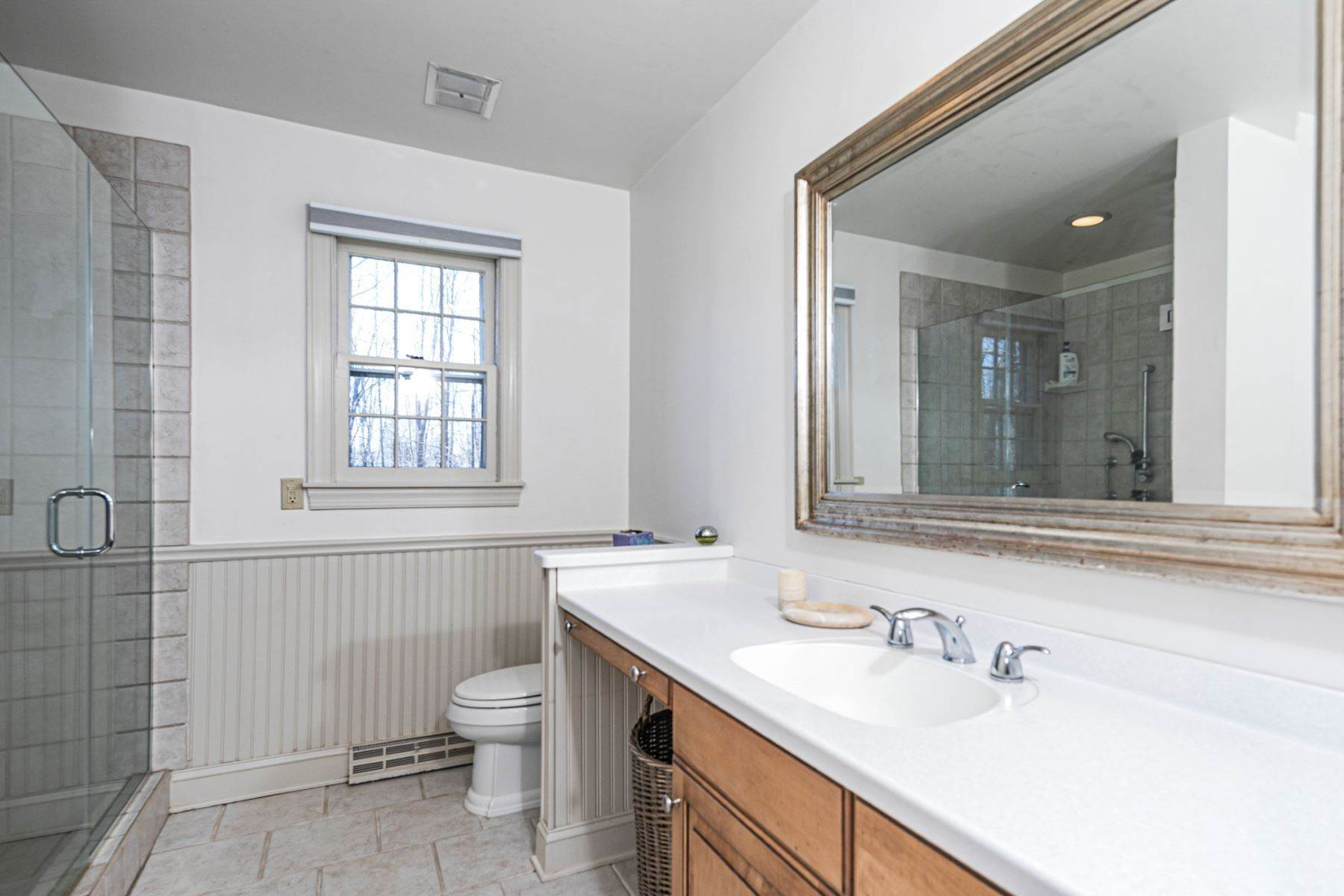 32. Single Family Homes for Sale at A New Kitchen And Updated Baths Make This Home Sparkle 91 West Shore Drive, Pennington, New Jersey 08534 United States