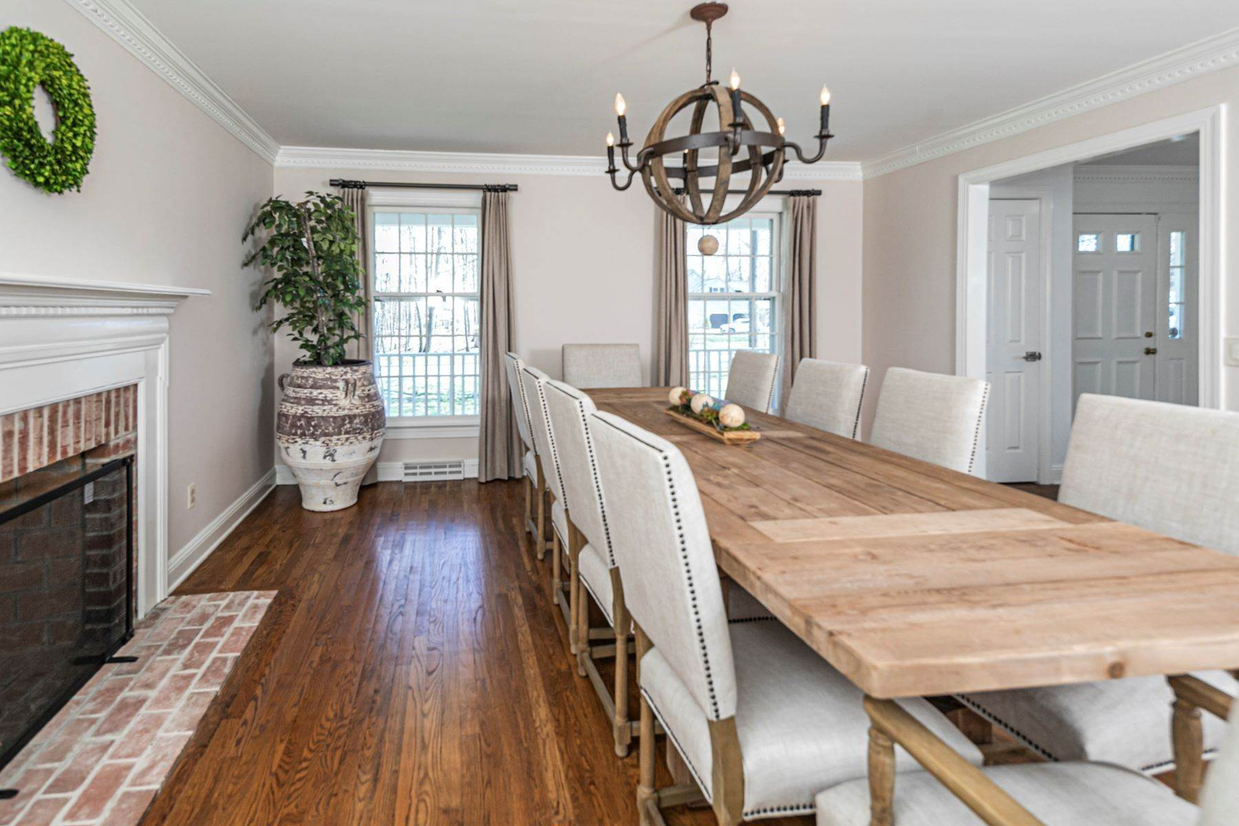 25. Single Family Homes for Sale at A New Kitchen And Updated Baths Make This Home Sparkle 91 West Shore Drive, Pennington, New Jersey 08534 United States