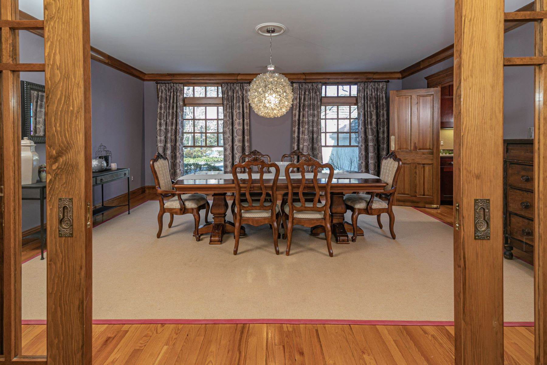 19. Single Family Homes for Sale at Arts and Crafts Showplace in The Preserve 36 Oakridge Court, Princeton, New Jersey 08540 United States