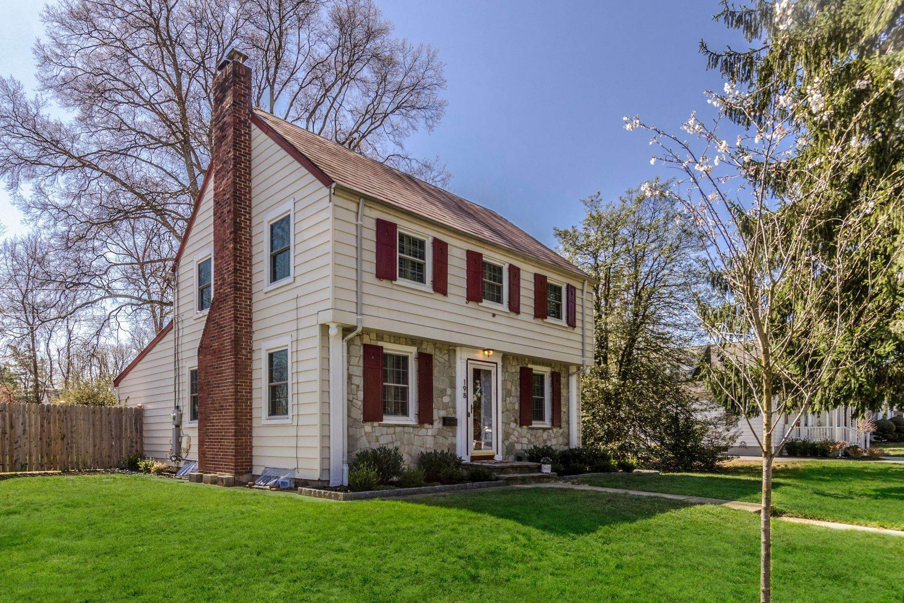 Single Family Homes for Sale at Charm of the Past Meets Modern Day Amenities 198 Park Avenue, Hamilton, New Jersey 08690 United States