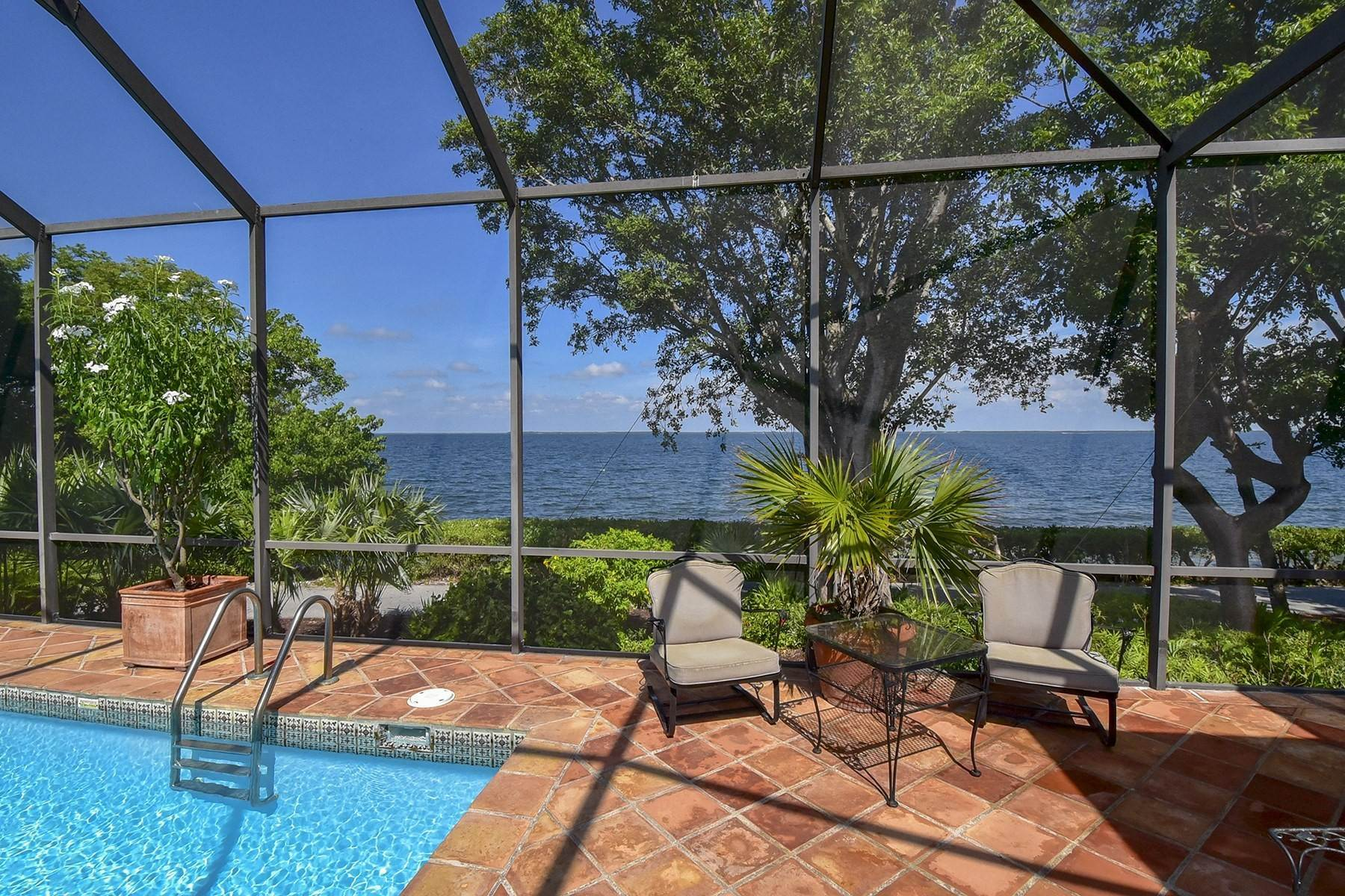 40. Property for Sale at 10 Cannon Point, Key Largo, FL Key Largo, Florida 33037 United States