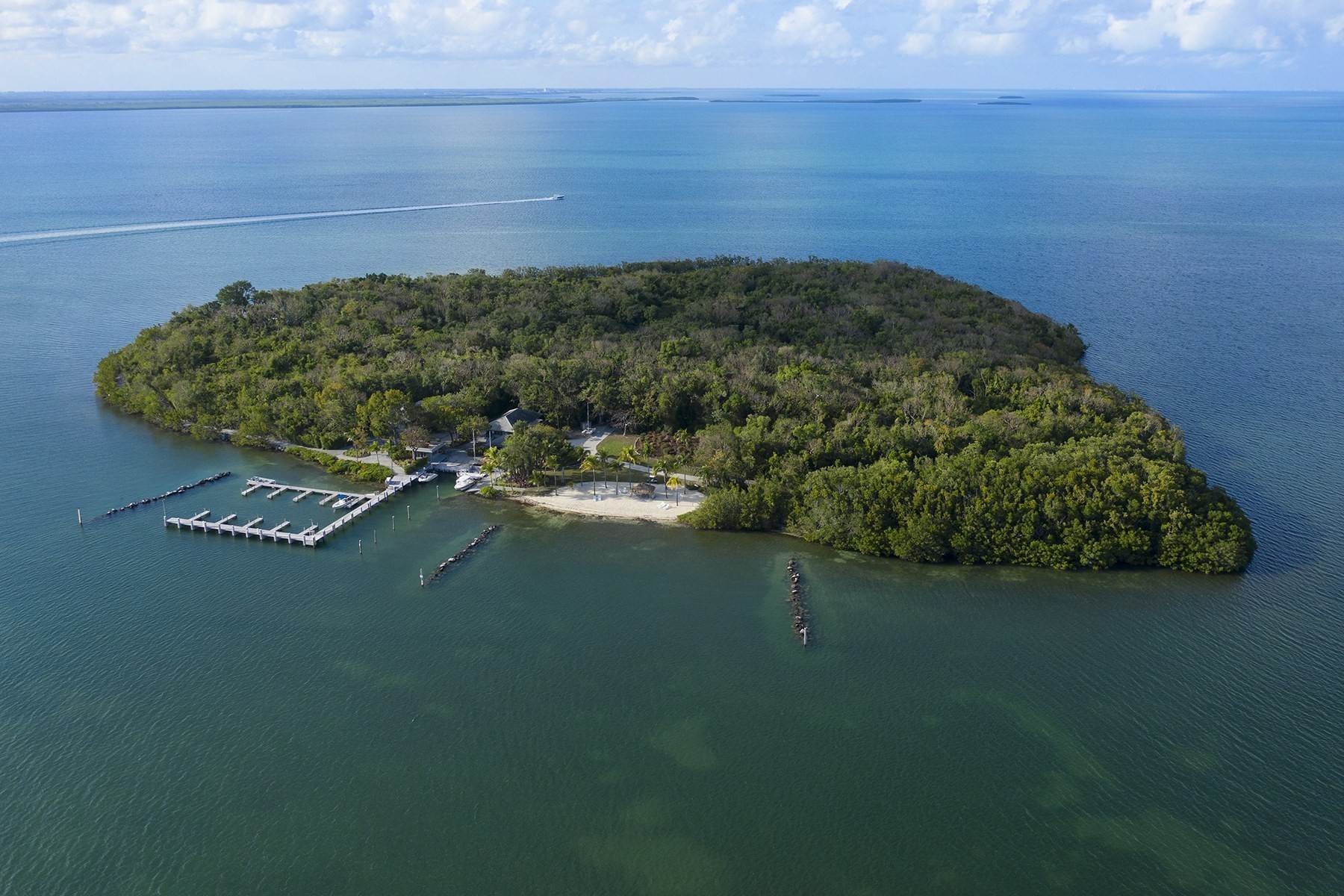 16. Property for Sale at 10 Cannon Point, Key Largo, FL Key Largo, Florida 33037 United States