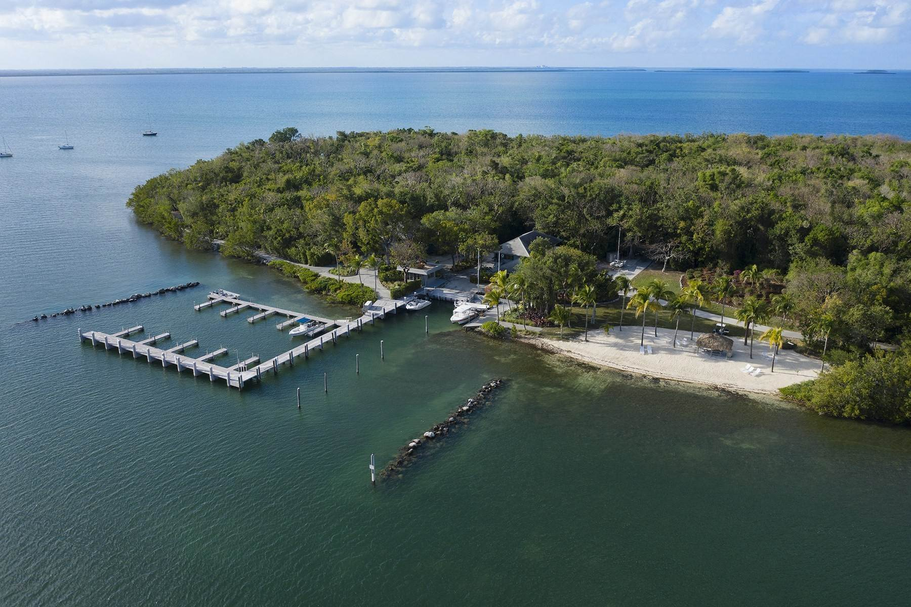 47. Property for Sale at 10 Cannon Point, Key Largo, FL Key Largo, Florida 33037 United States