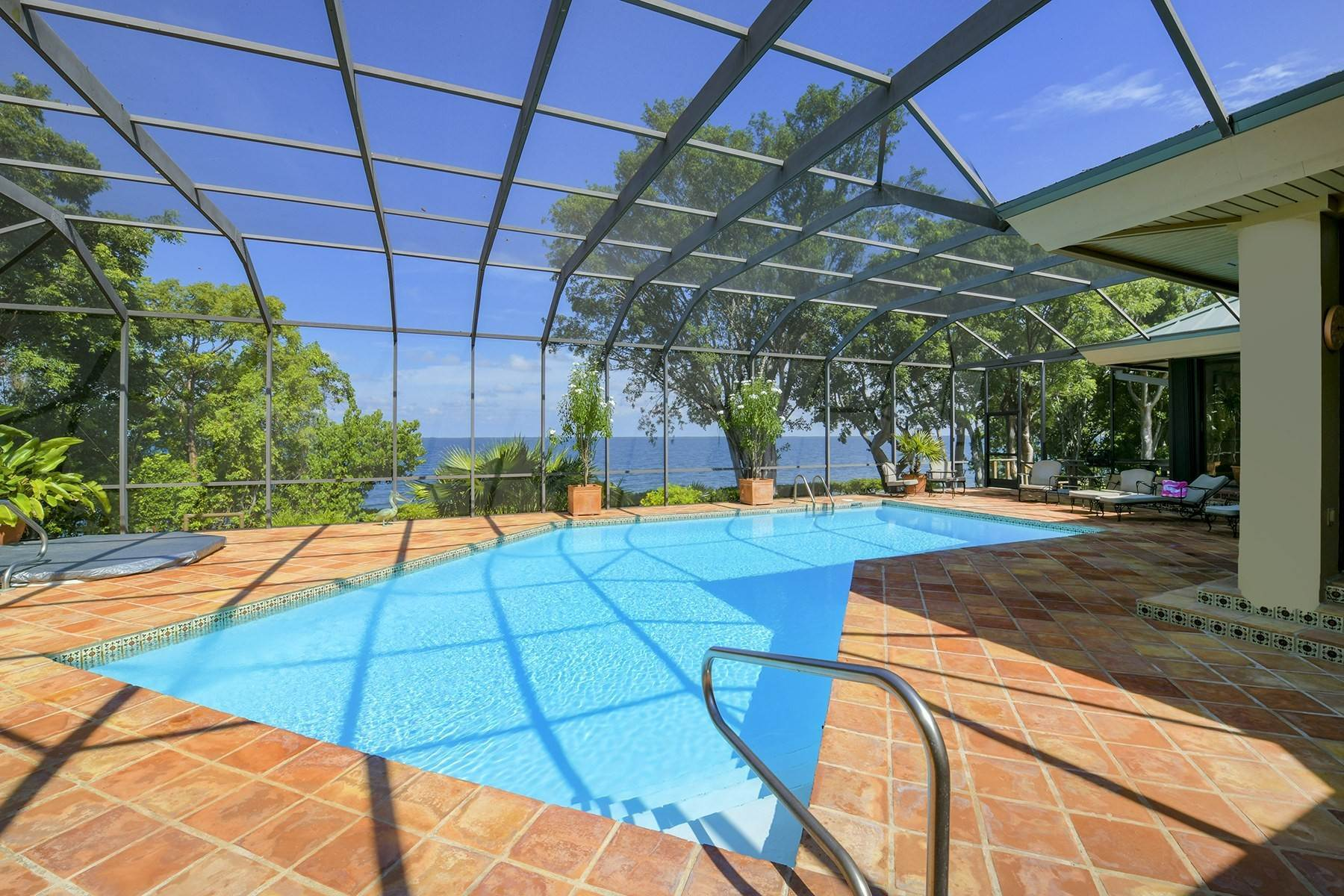 32. Property for Sale at 10 Cannon Point, Key Largo, FL Key Largo, Florida 33037 United States