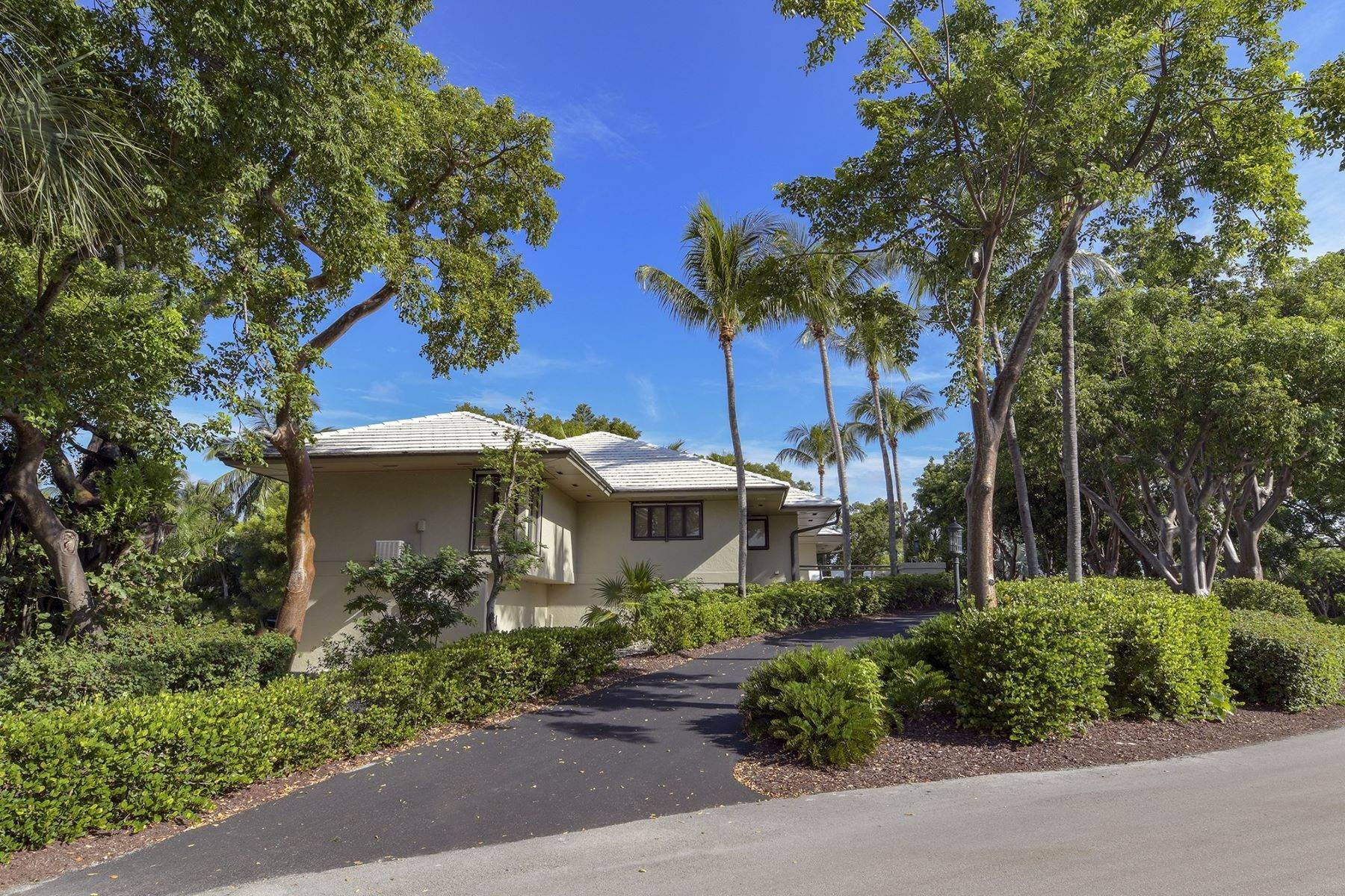 48. Property for Sale at 10 Cannon Point, Key Largo, FL Key Largo, Florida 33037 United States