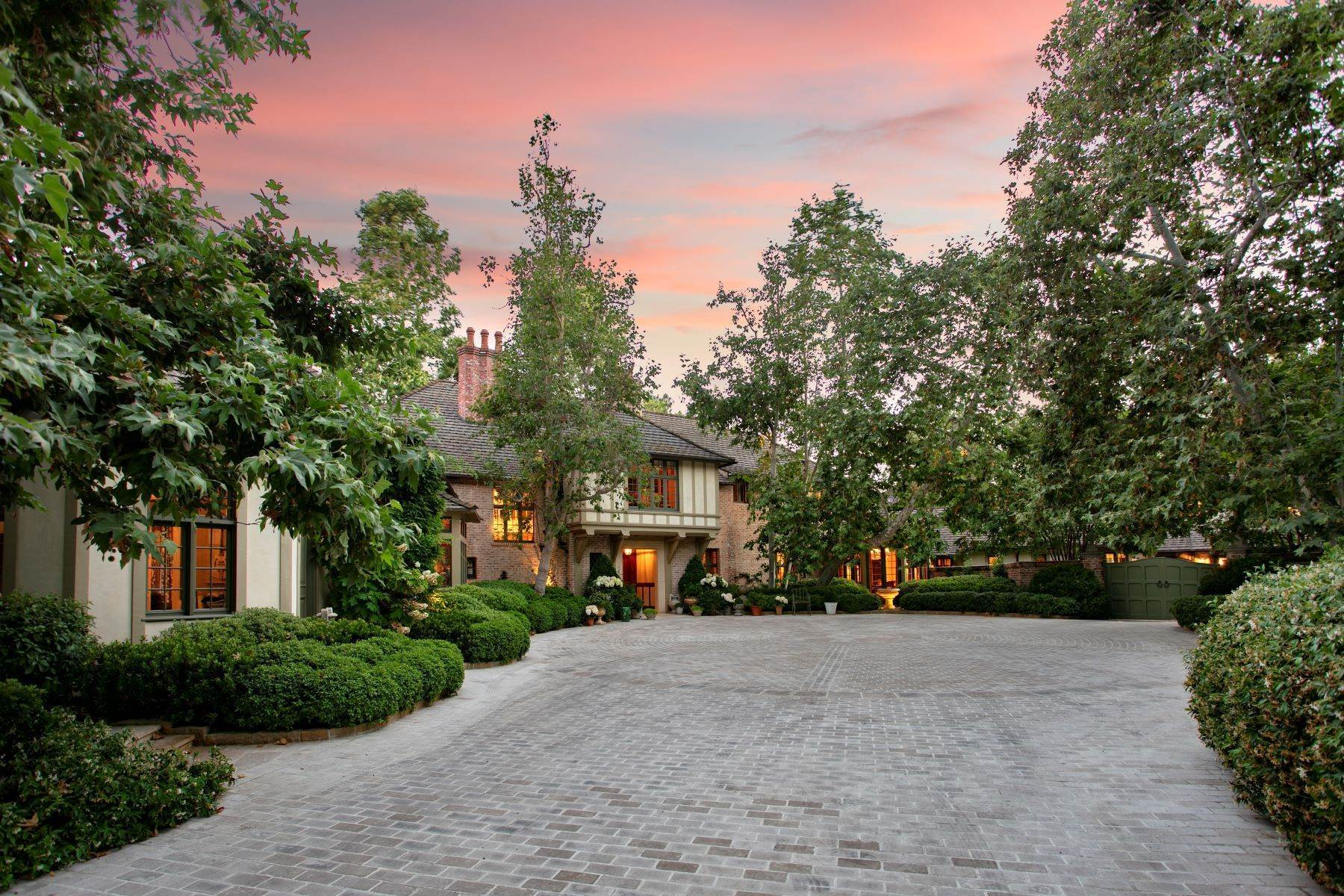 Single Family Homes for Sale at Beverly Hills English Estate 1201 Tower Grove Drive, Beverly Hills, California 90210 United States