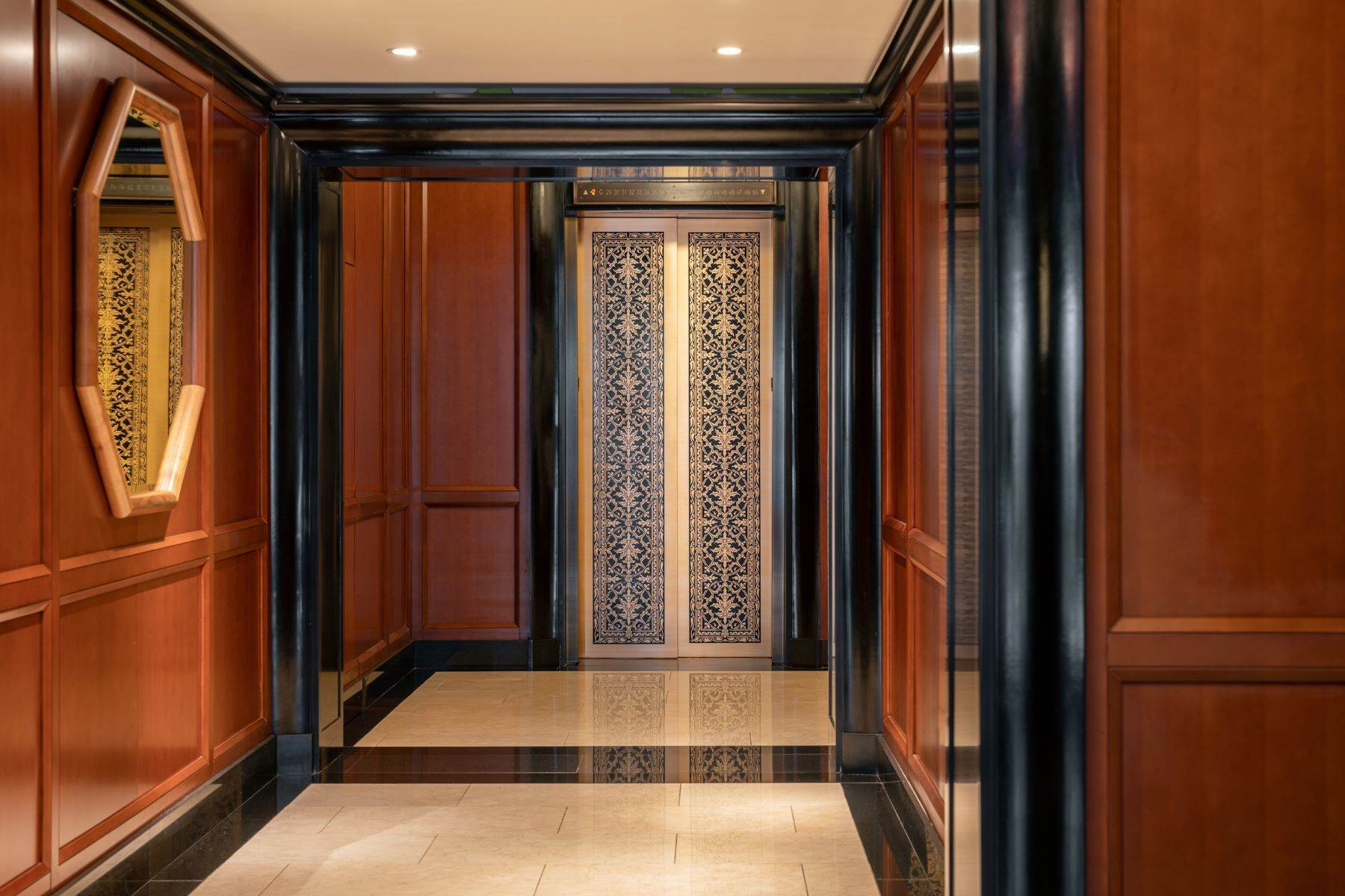 10. Condominiums for Sale at The Pinnacle Penthouse 2 Park Place, Pinnacle Penthouse, New York, New York 10007 United States