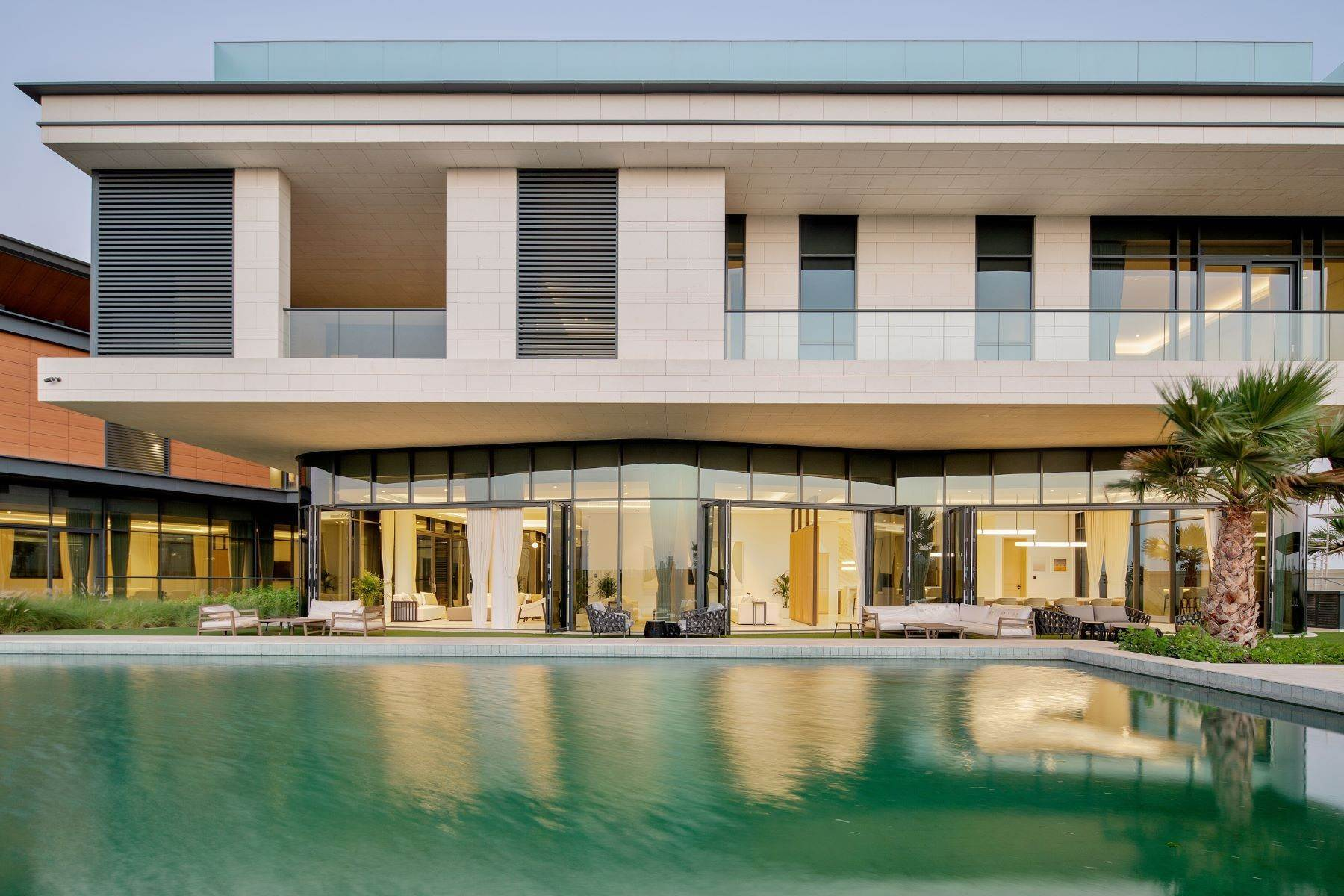 Other Residential Homes for Sale at Luxury Modern Mansion Beautiful Sunset & Golf Course Views Dubai, Dubai United Arab Emirates