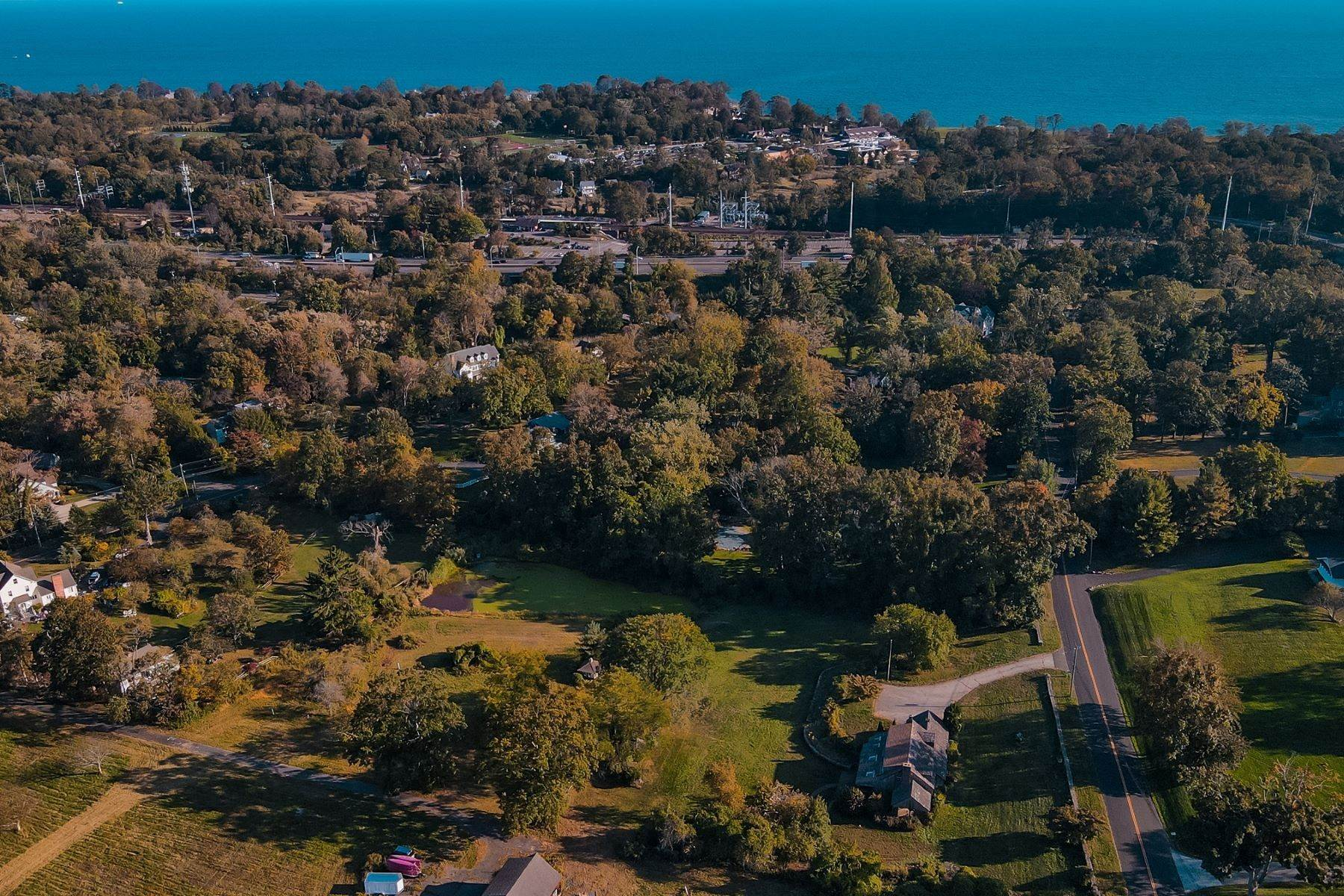 Đất đai vì Bán tại Prestigious Two Acre Land Property 117 Morningside Drive South, Westport, Connecticut 06880 Hoa Kỳ