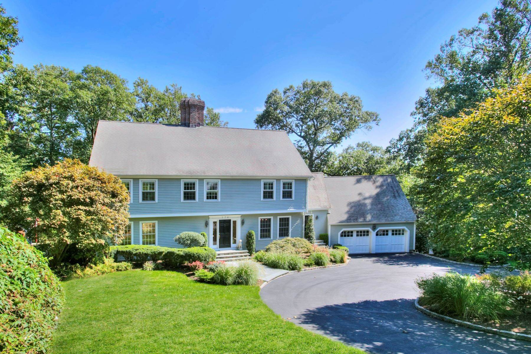 Single Family Homes per Vendita alle ore New Canaan, Connecticut 06840 Stati Uniti